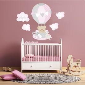 """Adesivi cameretta neonato """"La Tazza"""" tazza con orsetto che vola tra le nuvolette  -foto ambientata-"""