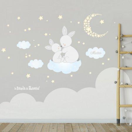 """Stickers per cameretta """"Le Coccole"""" teneri coniglietti con stelline e luna - foto ambientata"""