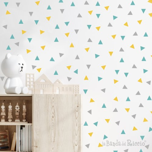 triangoli patter in tre nuances di colori, in questa foto grigio menta giallo oro